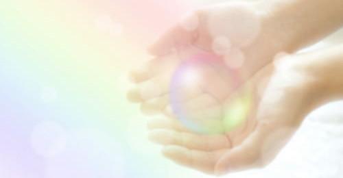 体調やメンタルが優れない原因を霊気と占いで解決します